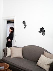 Sofakunst ophængning af billeder, Henriette W. Leth, boligkonsulent